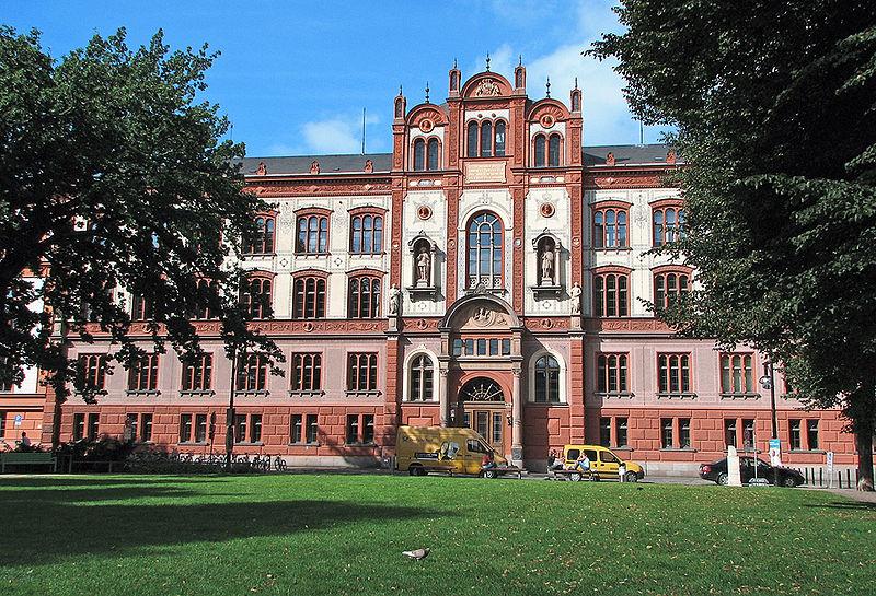 800px-Rostock_Universität_1